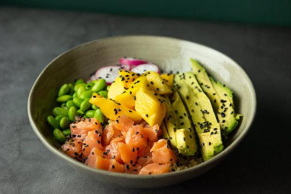 Poke bowl salmón
